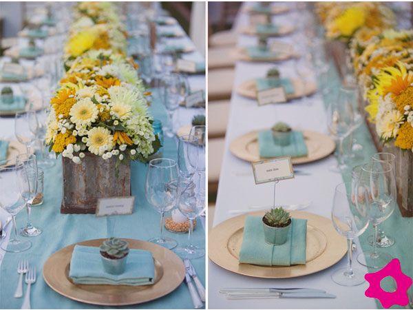 Azul turquesa e amarelo para a decoração do casamento