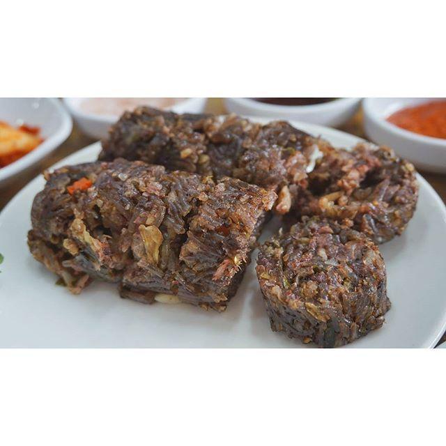 이제 순대로 가볼까 , #순대 (나만 먹고싶기 억울해서) _  #부산  #Busan . #Korea _ #국내여행 #여행 #먹스타그램 #럽스타그램 #eats #foods #foodstagram #eatstagram #instafood #foodie #肉 #魚 #プサン #旅行 #韓国旅行 #travel #travelling #eurotrip #instatravel #travelgram #cafe #koreanfood