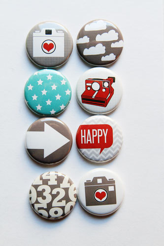 set of 4 1 inch London Buttons Pins