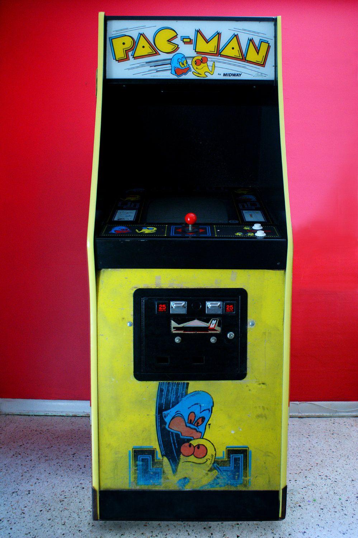 Original 1980s Pacman Stand Up Arcade Machine. 650.00