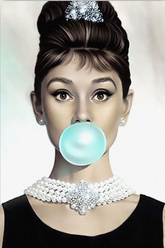 audrey-hepburn-blue-bubble-gum-breakfast-at-tiffanys-Favim.com ...