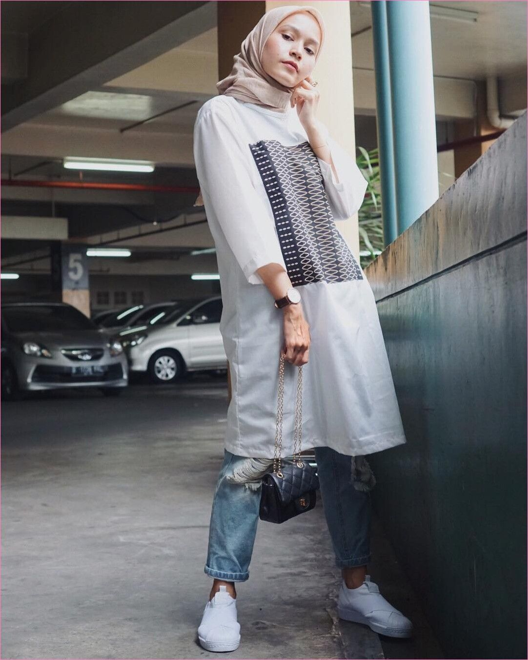 Outfit Baju Tunic Untuk Hijabers Ala Selebgram 2018 Baju Tunic