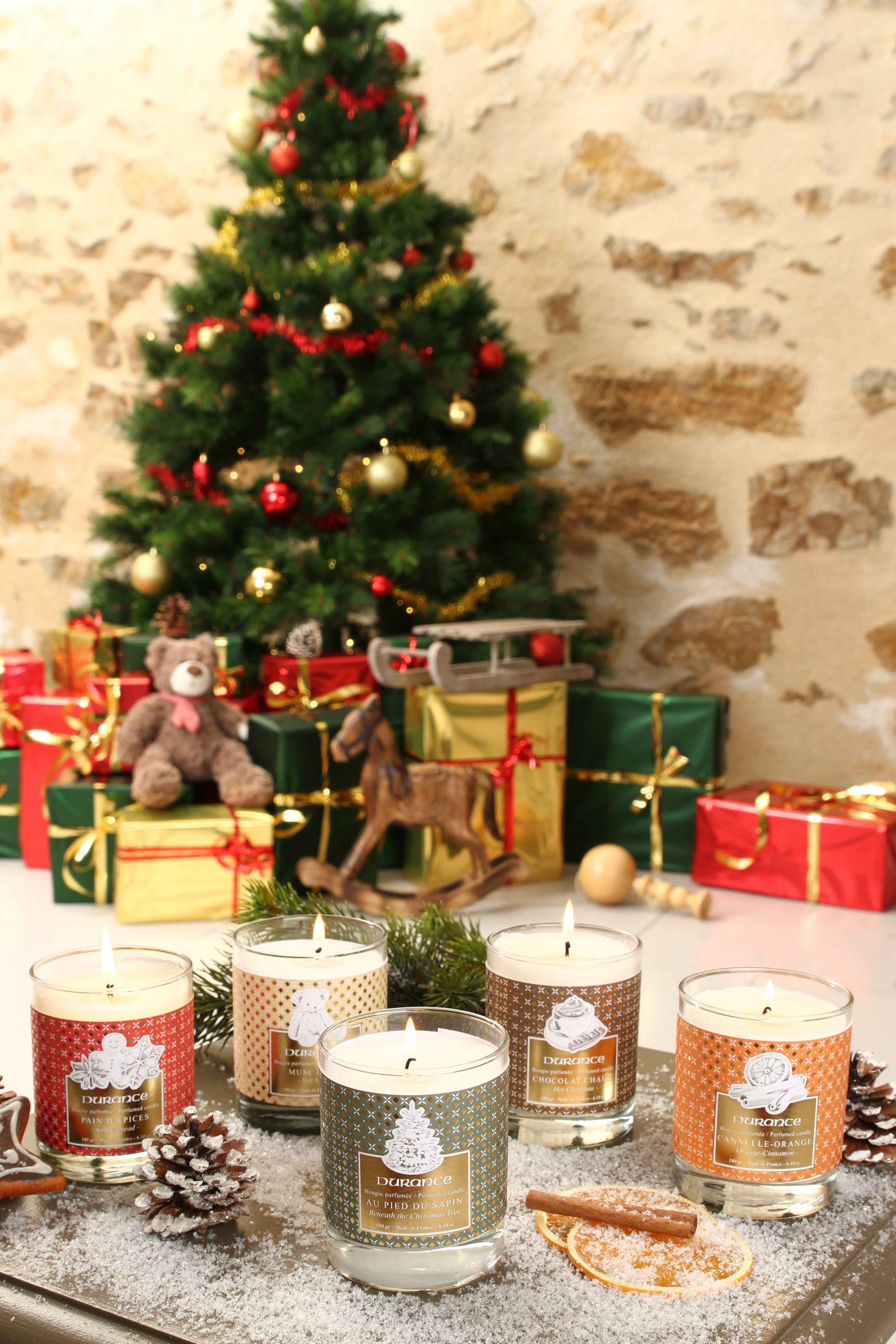 Decouvrez Les 5 Parfums De Notre Collection De Noel A Travers Ces Bougies Parfumees Holiday Decor Holiday Christmas Tree