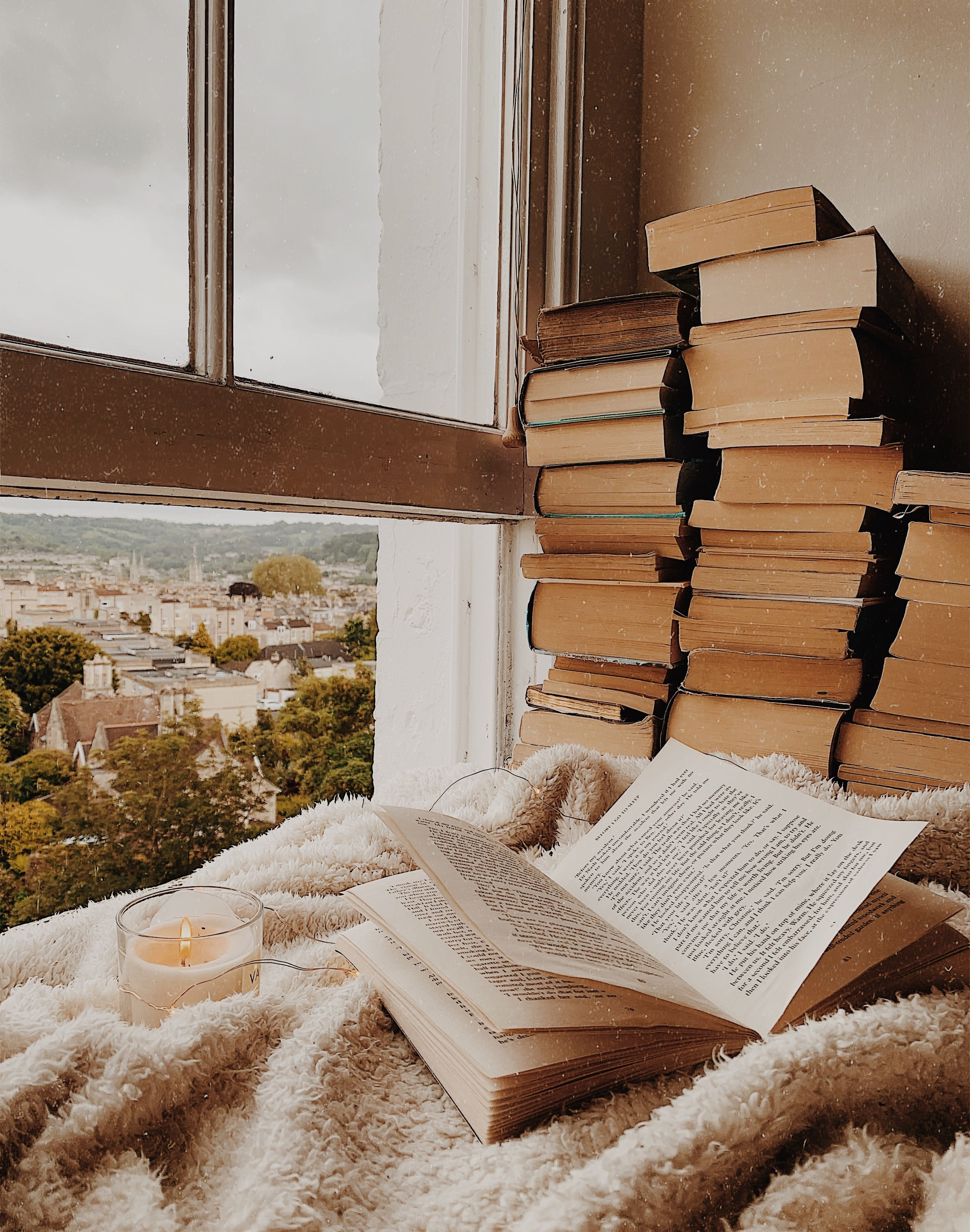 Book A View In 2020 Cozy Aesthetic Book Aesthetic Aesthetic Wallpapers