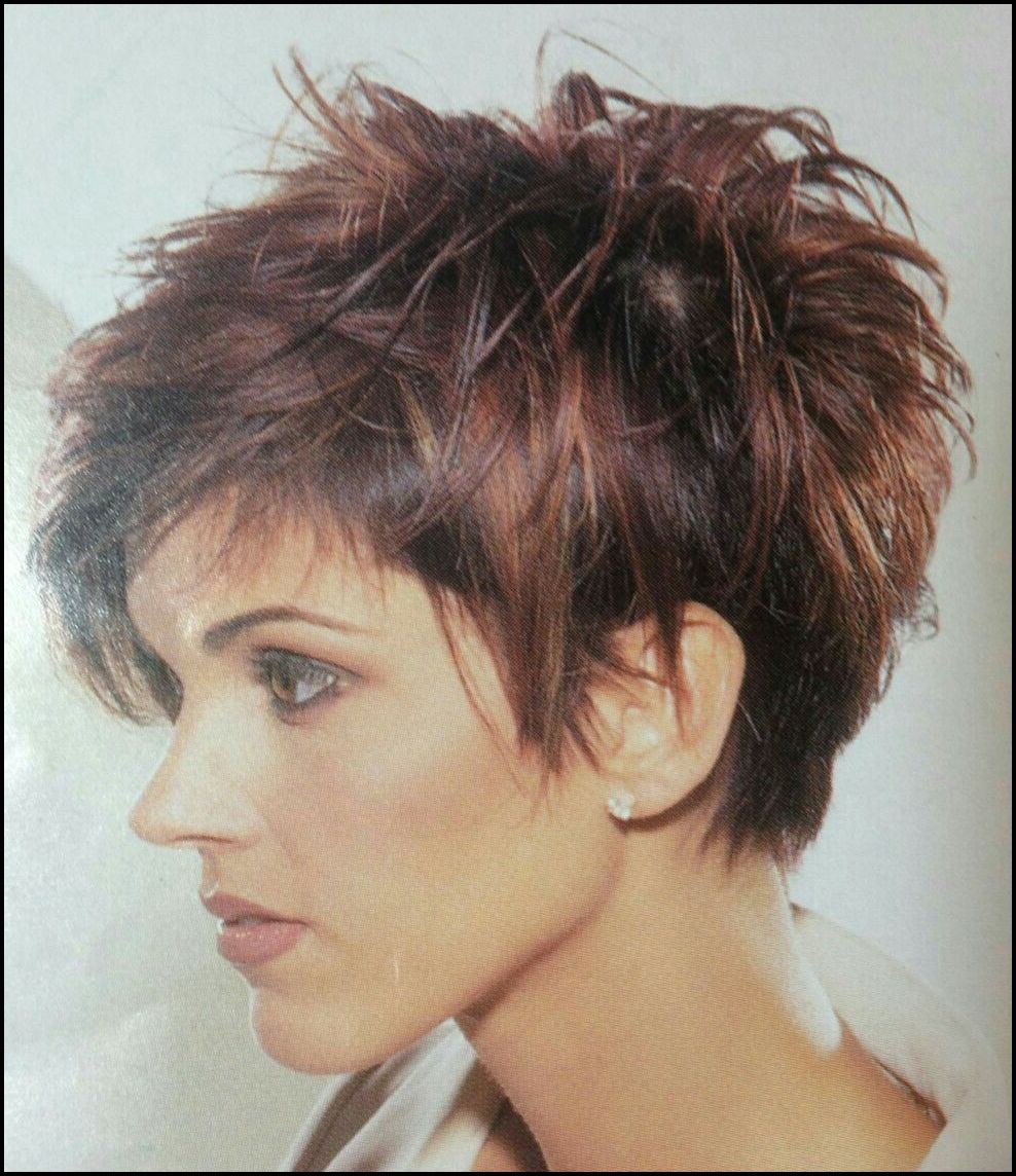 10+ Kurze Funky Pixie Frisur  Short choppy hair, Pixie haircut