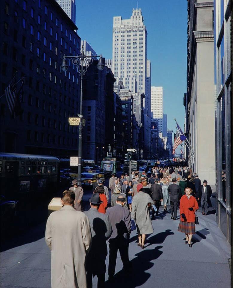 Manhattan New York New York: Manhattan: 5th Avenue And 44th Street (1959)