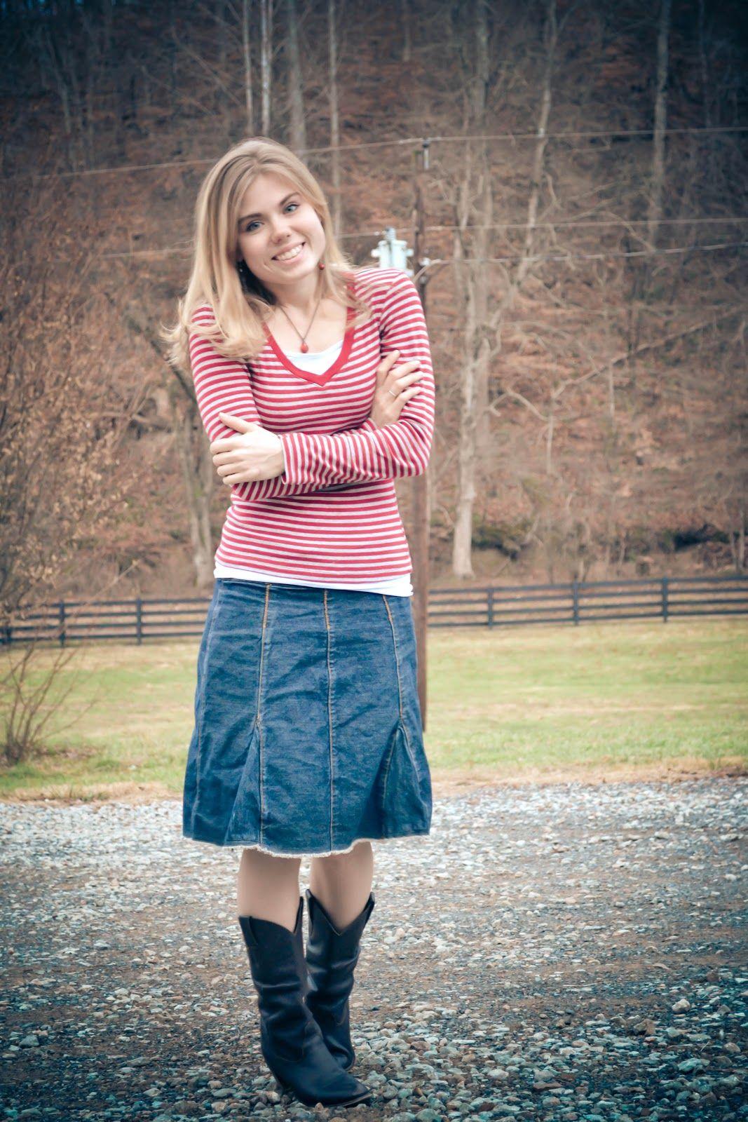 Teen's modest clothes