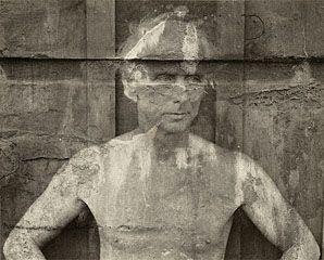 Max Ernst, Frederick Sommer, 1946. © Frederick and Frances Sommer Foundation. Before Liu Bolin ?