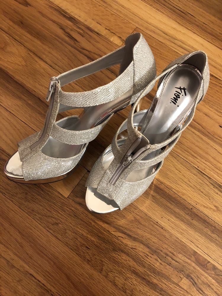 49b64983fc2 Fioni Silver Glitter Heels W  Zipper Sz 10  fashion  clothing  shoes   accessories  womensshoes  heels (ebay link)