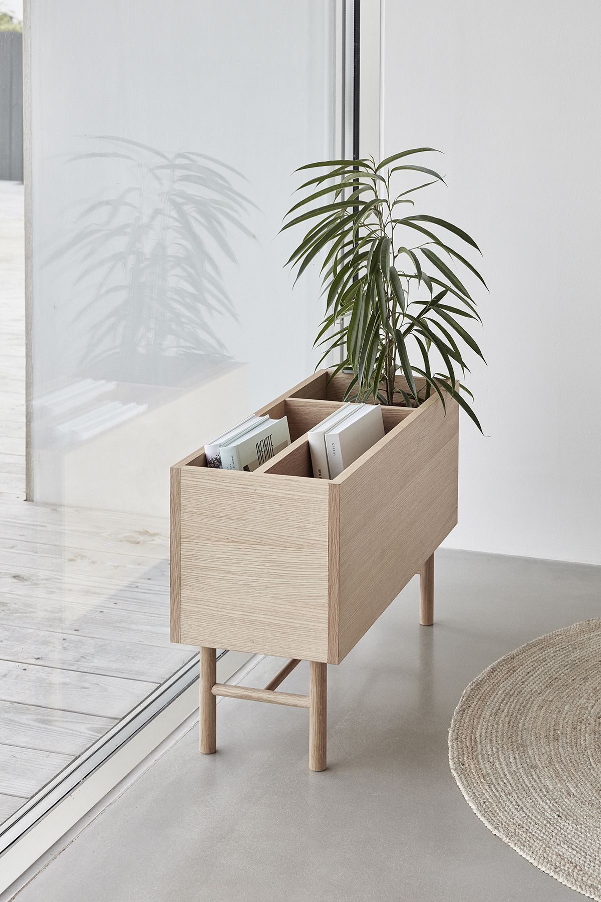 Beautiful natural indoor oak planter perfect for storage of plants