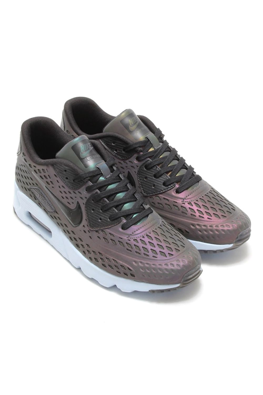 Air Max 90 Ultra Moire Iridescent 11 sneakers you can actually wear on scorching summer days