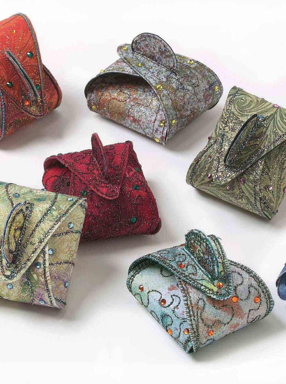 7 FREE Small Quilt Patterns You\'ll Love | Ausfallen, Kleinigkeiten ...