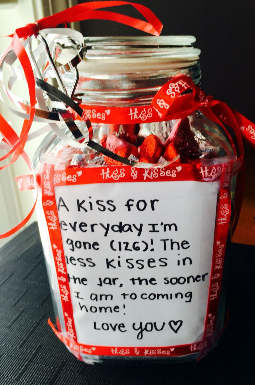 Going away gift diy hershey kisses study abroad for Going away gifts for boyfriend