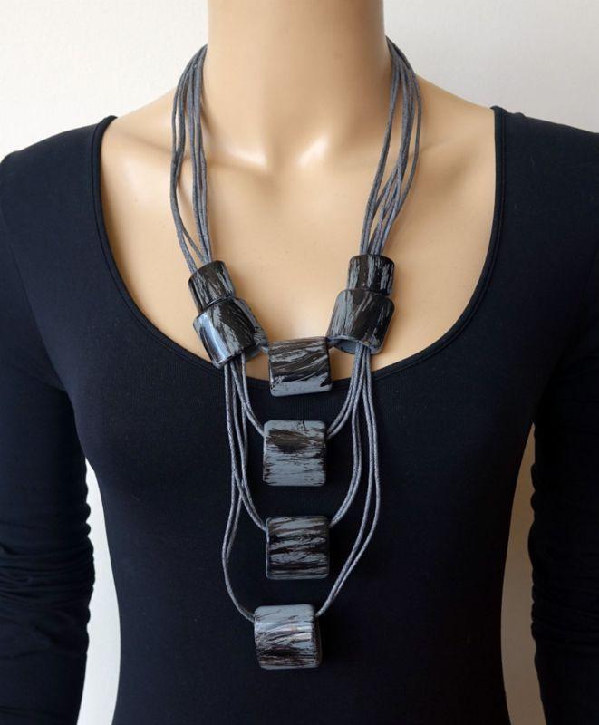 Modekette Damen Hals Kette Leder Lagenlook lang Silber Schwarz Kreise Aluminium