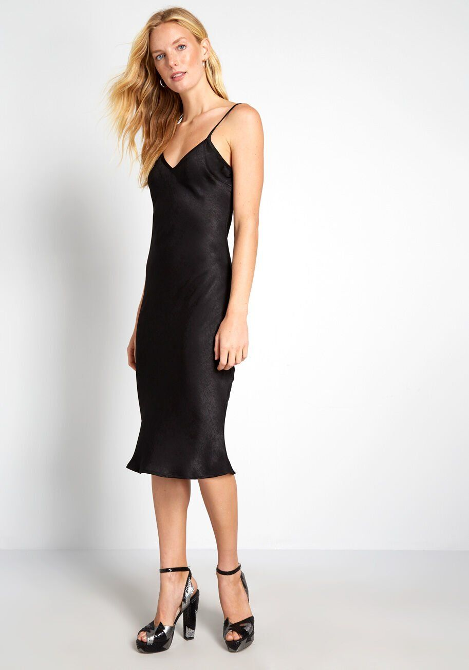 Take Notice Satin Slip Dress In 2021 Satin Slip Dress Slip Dress Black Slip Dress [ 1304 x 913 Pixel ]