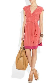 5f155cb1400 coral dress and neutral accessories | fashion. | Dresses, Fashion ...