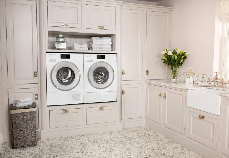 Topferei Fur Anfanger Inspiration Und Arbeitsweise Numar4li1 Website Waschkuchendesign Hauswirtschaftsraum Waschkuchen Schranke