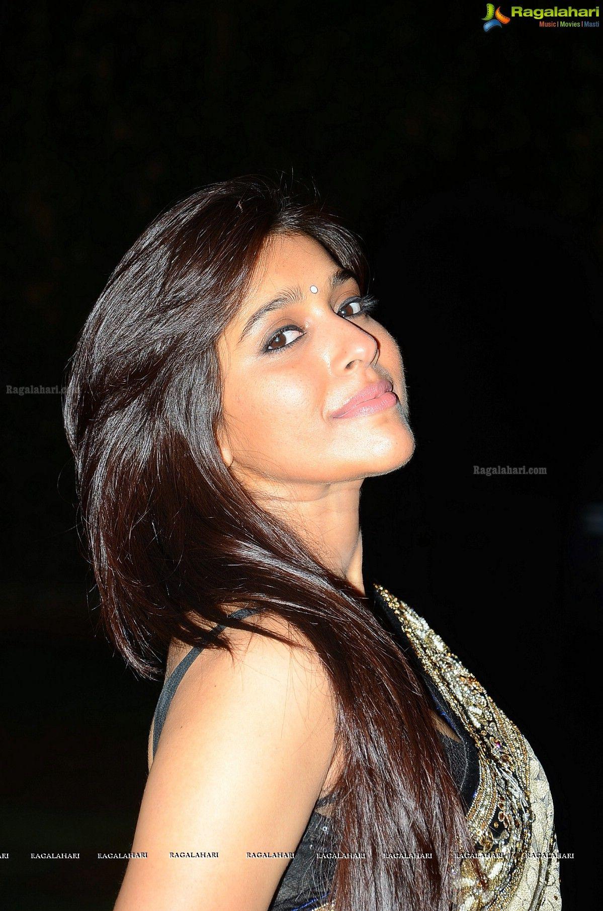 Jabardasth Anchor Rashmi Gautam Photo | Beautiful ...