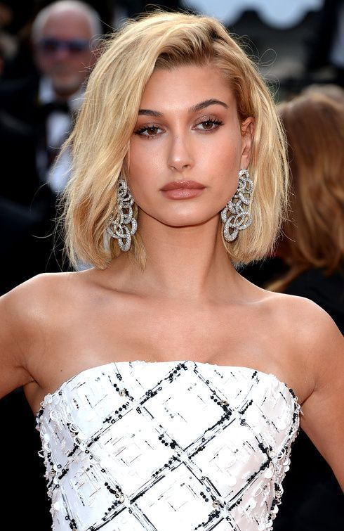 How To Style Side Swept Bangs Like 30 Of The Chicest Celebrities Hair Styles Bangs With