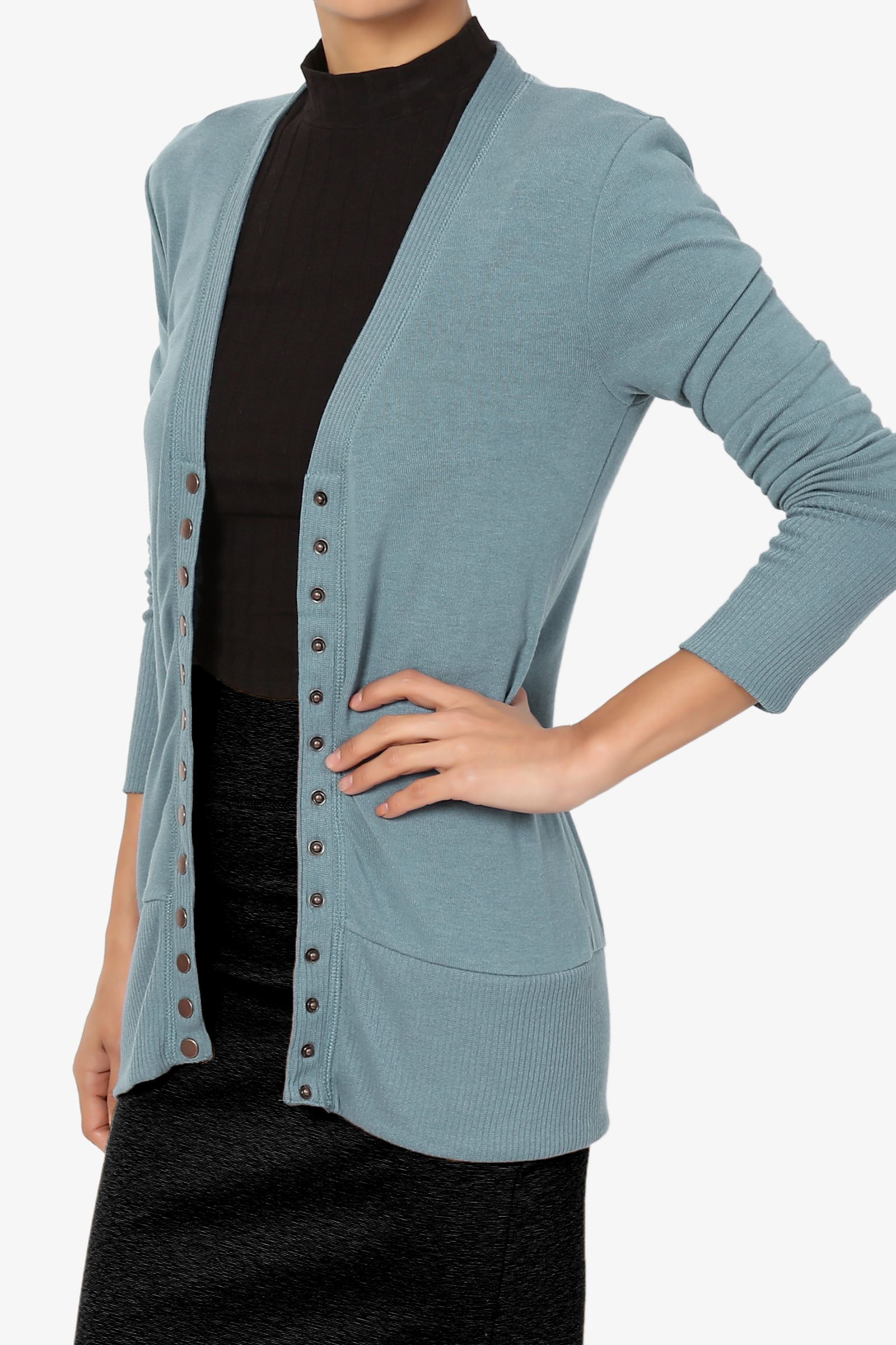 TheMogan Women's PLUS Basic Snap Button V Neck Long Sleeve