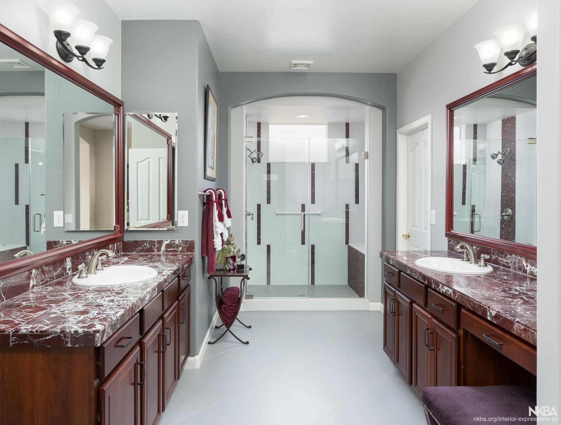9 tips on burgundy wall colour interior design2020maroon