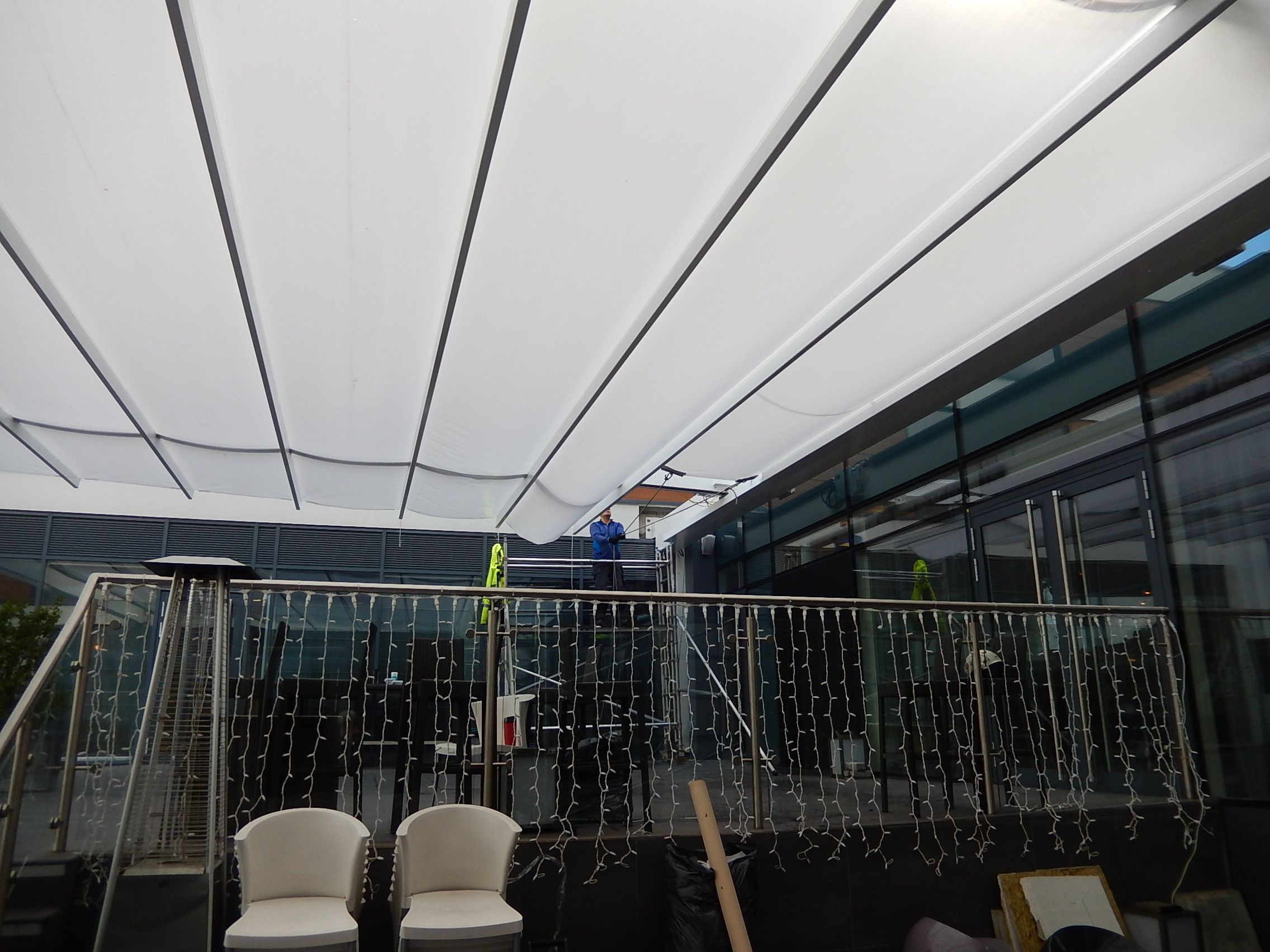 Retractable Fabric Canopy Using Sefar Tenara Fabric 4t40hf