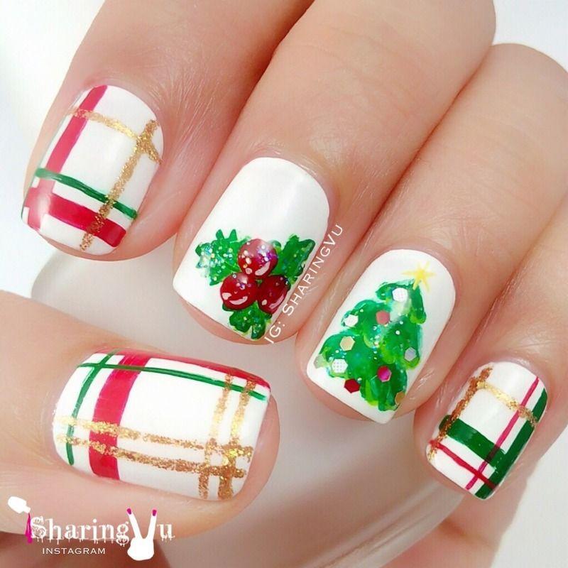 Merry Christmas  nail art by SharingVu