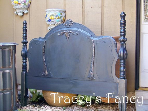 Pin By Lisa Dahl On Lil Of This And A Lil Of That Antique Headboard Shabby Headboard Headboard Designs