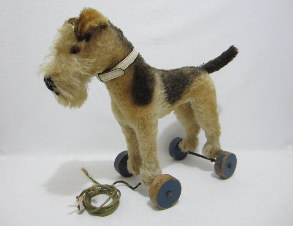 Steiff Airedale Terrier Dog On Wheels Us Zone Germany 1940s Pull