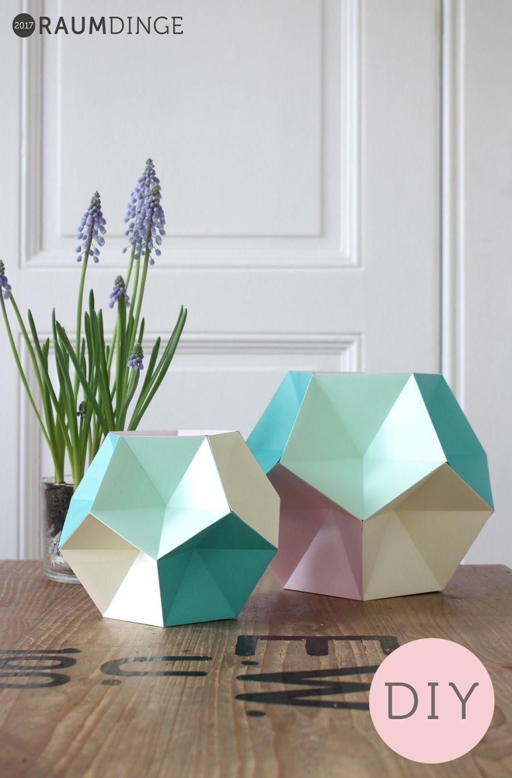 Papierkugeln aus f nfeckigen pyramiden paper ideas - Papierkugeln basteln ...
