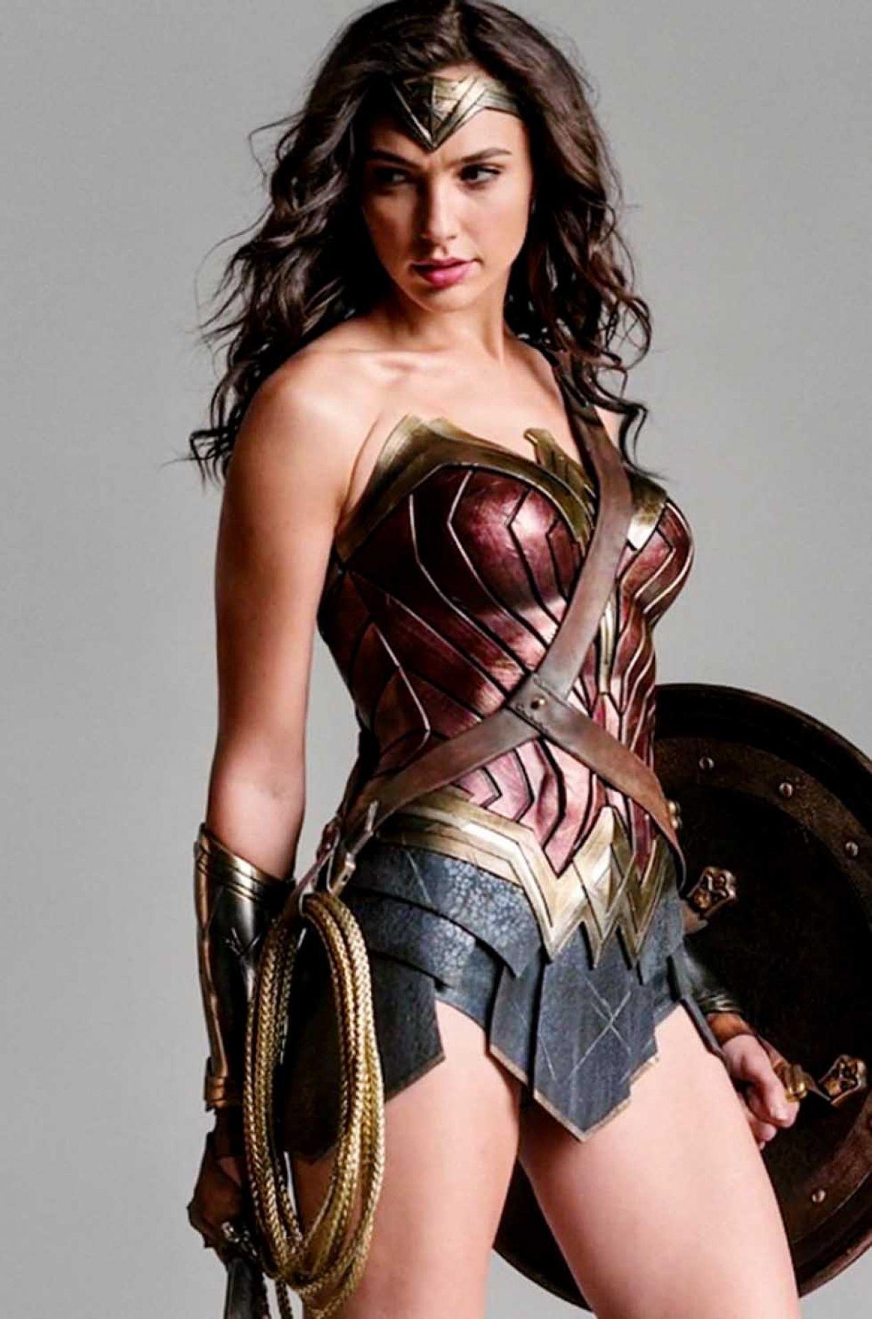 Gal Gadot Wonder Woman Training Hd Wallpapers 1080p Mujer Maravilla Cosplay Traje Mujer Maravilla Gal Gadot Mujer Maravilla