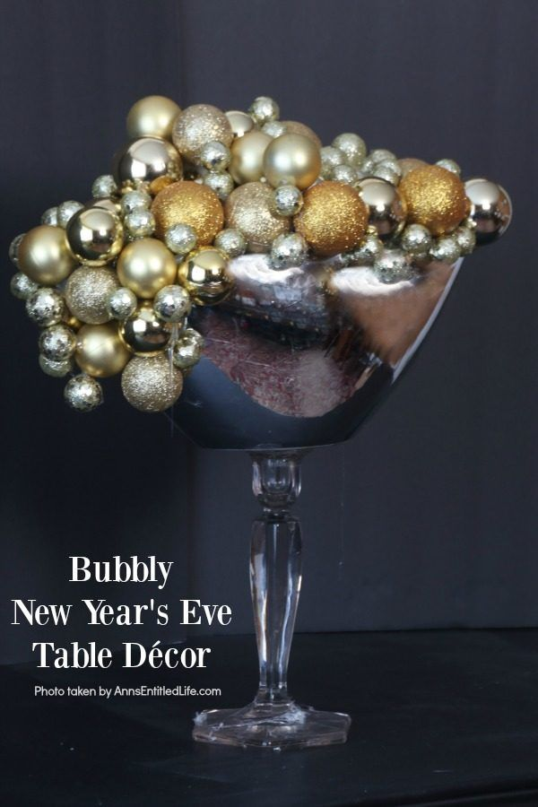 Bubbly New Year's Eve Table Décor. This upcycled New Year ...