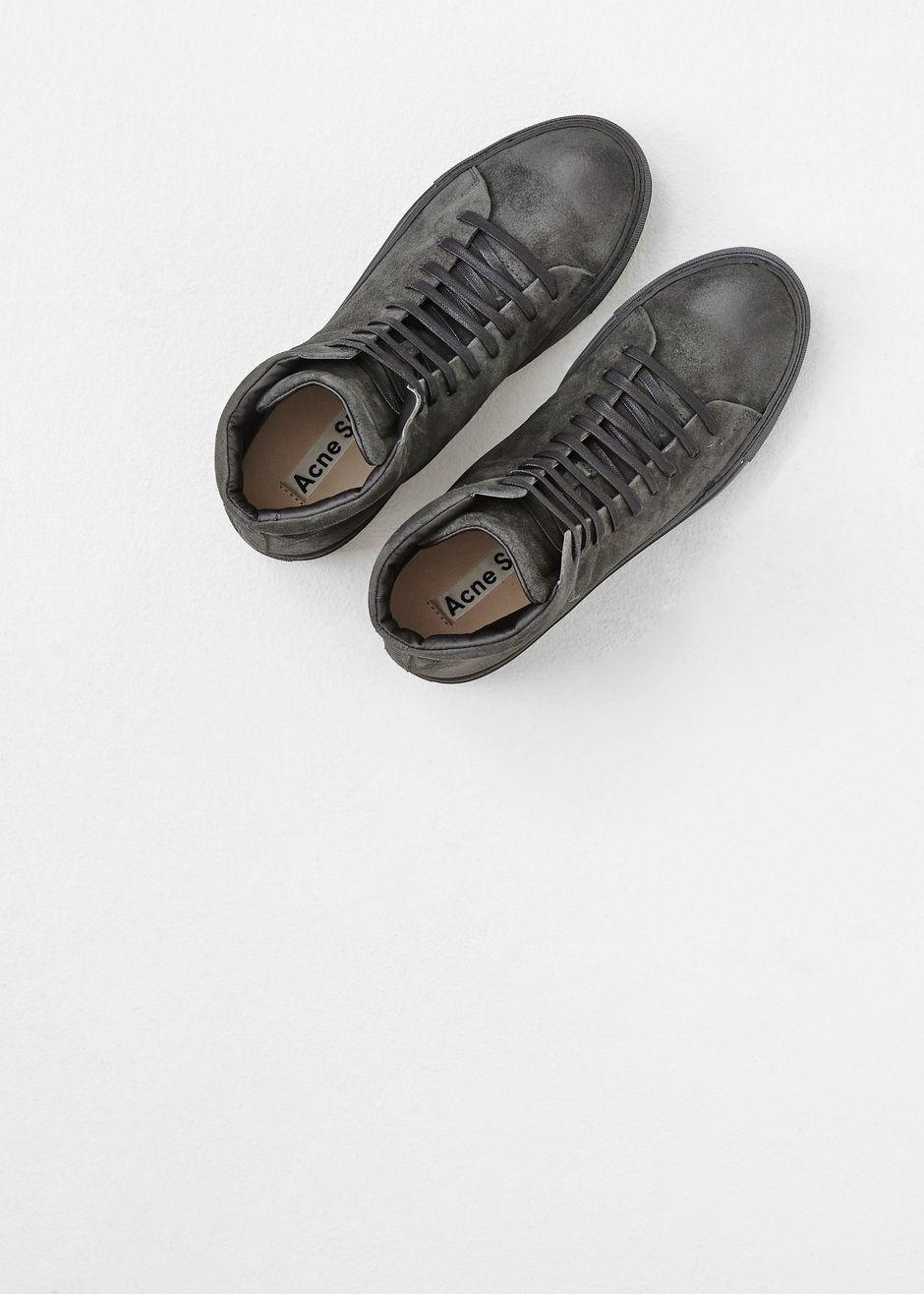 Totokaelo MAN - Acne Studios Dark Grey Adrian Hi Suede Sneaker