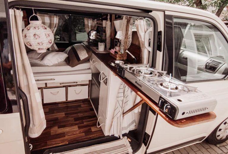 VW T5 Camper Umbau: Ein ehemaliges Taxi erhält sein zweites Leben