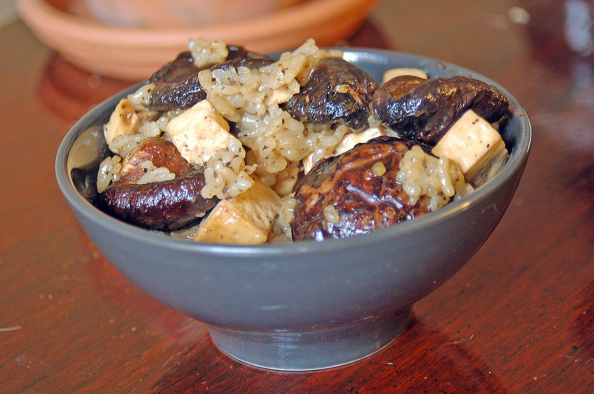 Slow Baked Sticky Rice with Shiitake and Tofu. Click through for the recipe!