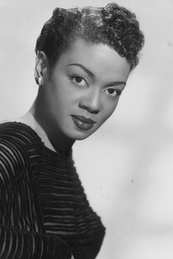 The Women Who Became Hair Icons During The Harlem Renaissance Renaissance Hairstyles Hair Icon Vintage Hairstyles