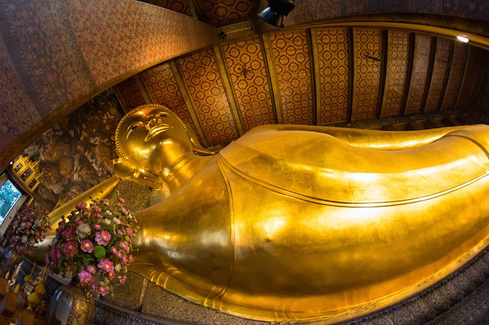 THE TEMPLE OF THE RECLINING BUDDHA AT WHAT PHO - Tourism Photo Mecca
