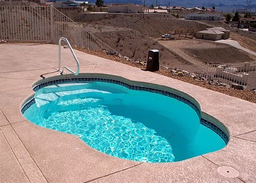 Small Oval Fiberglass Pool Paradise Small Pools Small Fiberglass Pools Fiberglass Pools