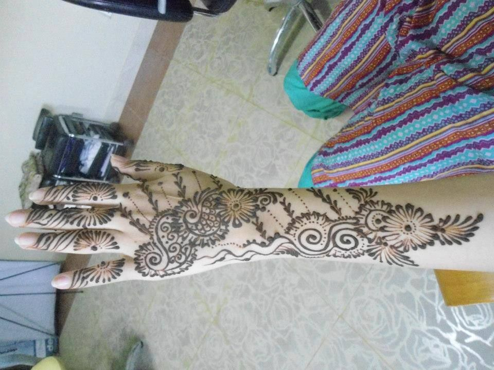 A To Z Mehndi Designs : Design by jabeen'z salon simple mehndi designs pinterest