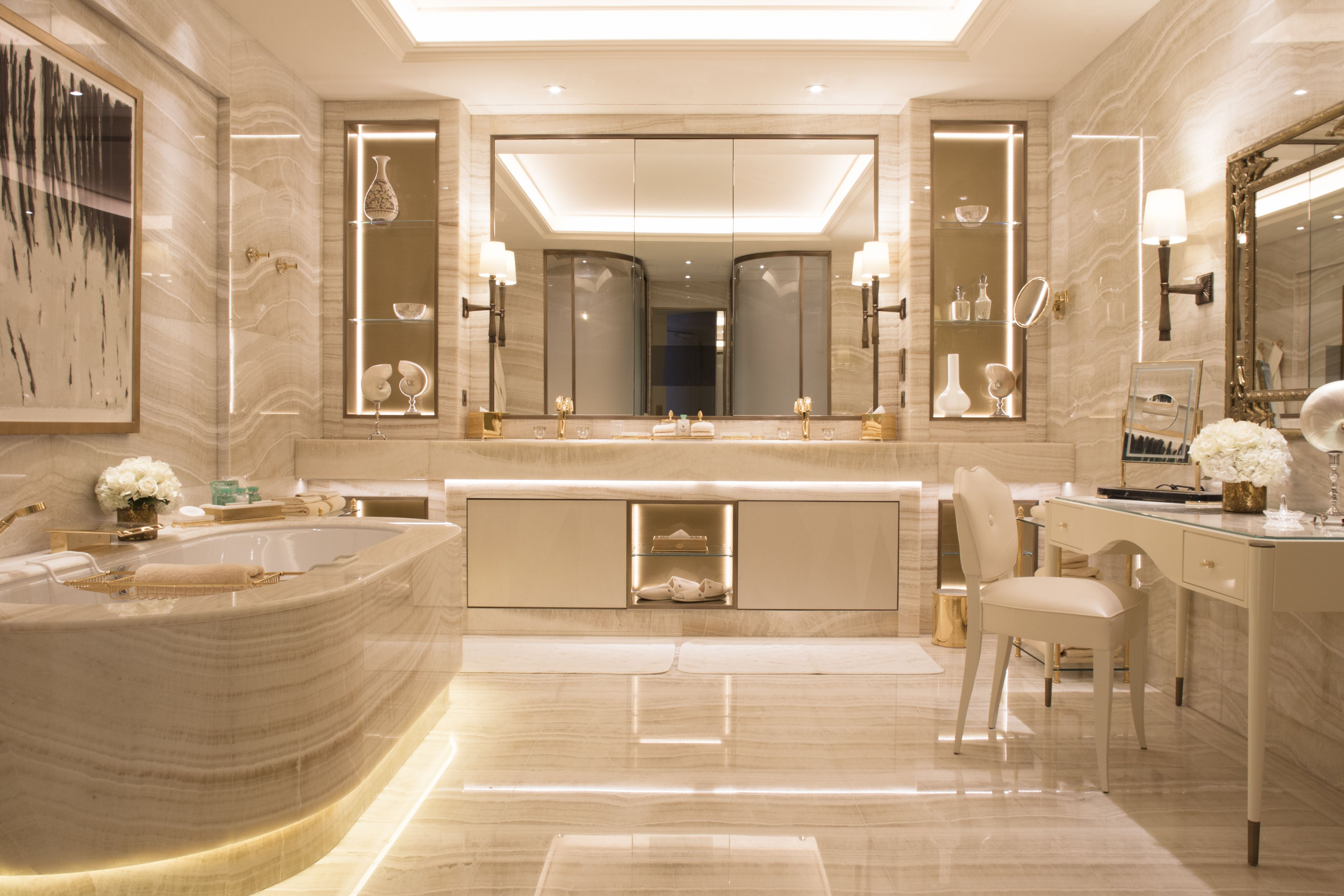 Awesome 25 Luxurious Marble Bathroom Design Ideas Marble Bathroom Designs Paris Bathroom Decor Bathroom Design Luxury