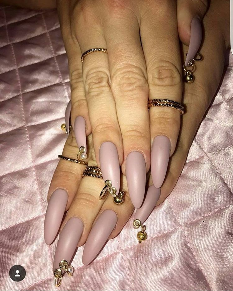 24 Pierced Nails A 90s Nail Trend Makes Comeback