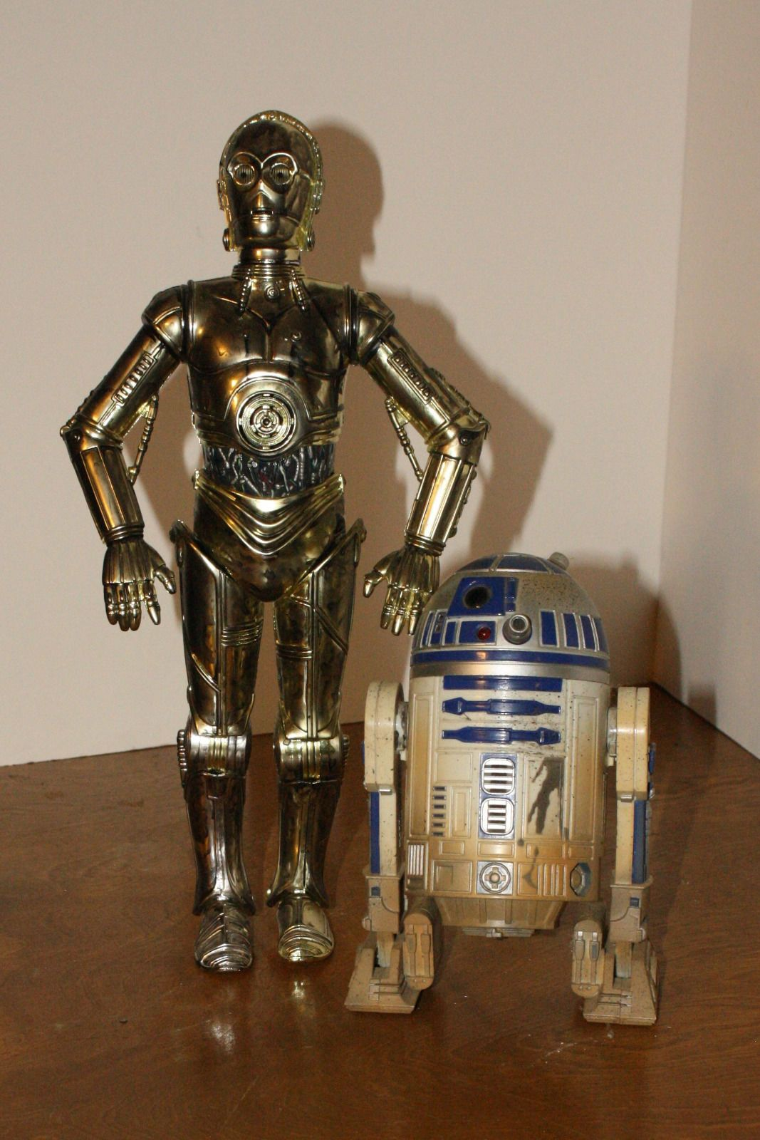 Star Wars R2-D2 Collectible Figurine le dernier Jedi par Hasbro Disney
