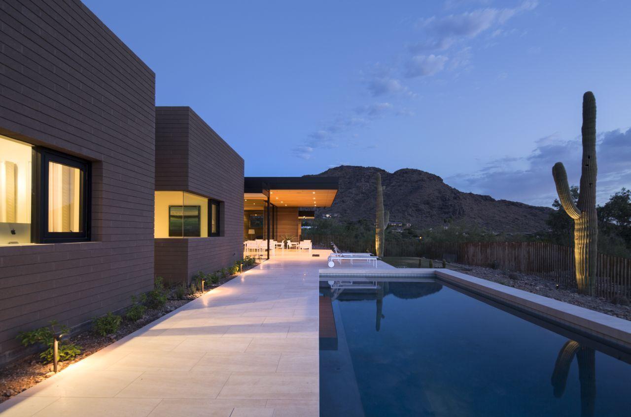 Galeria de Casa de Terra Batida / Kendle Design 2