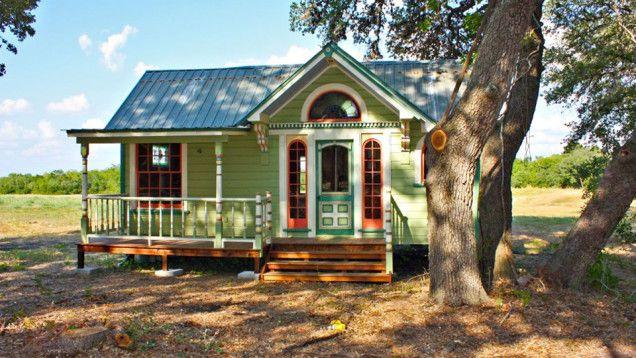 13 Adorably Teeny Tiny Houses