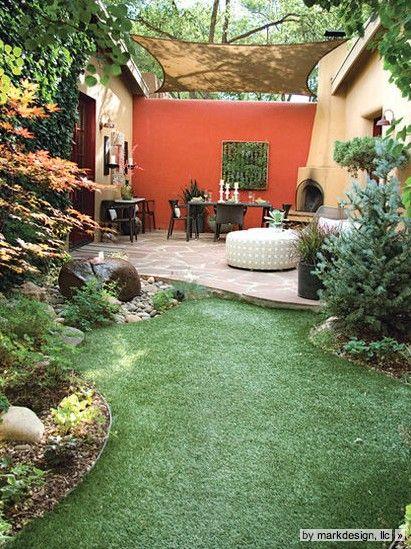 Mediterraner Garten, Terrasse, Wiese, Pflanzen, Kamin