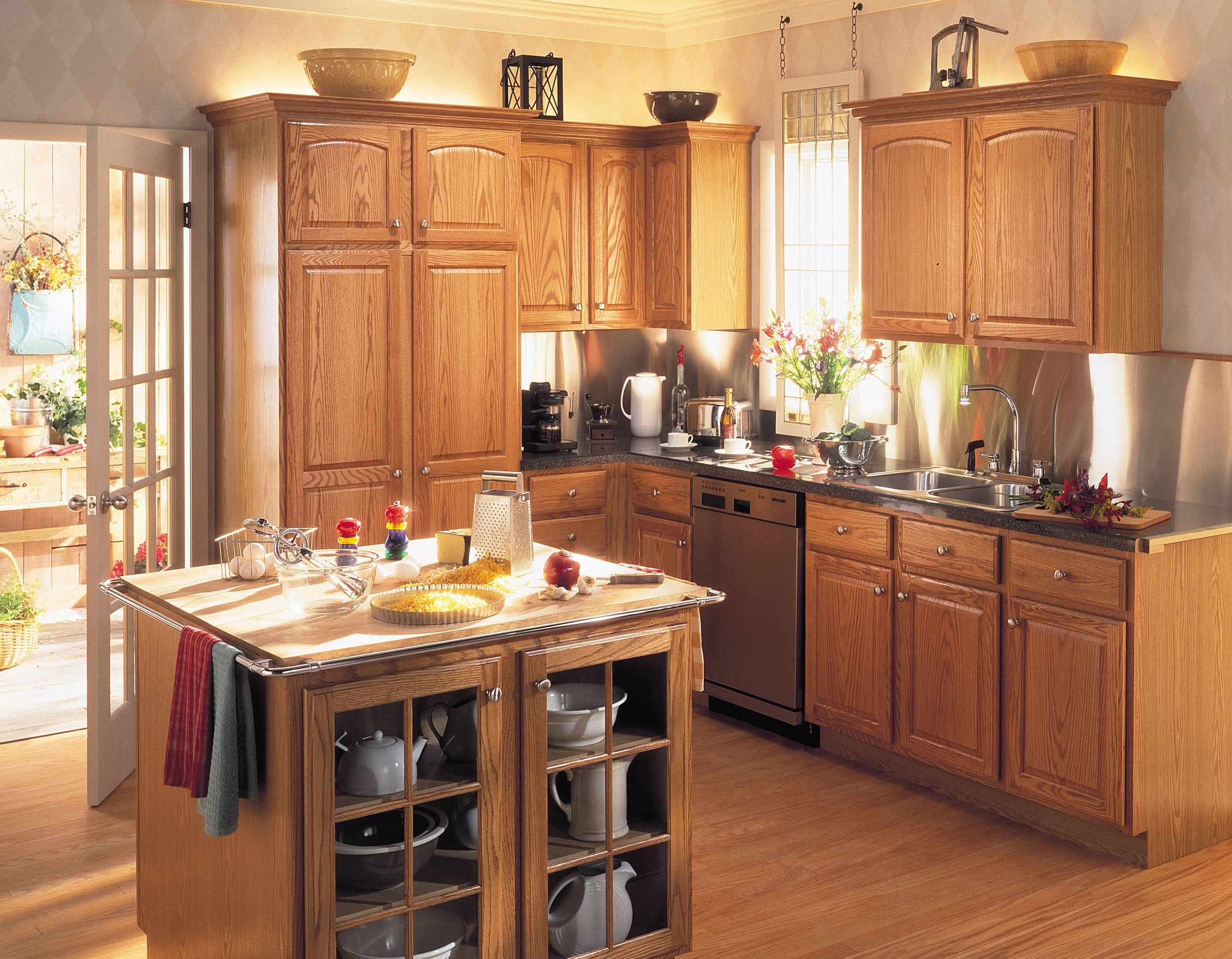 One of many design ideas for your kitchen from Merillat ...