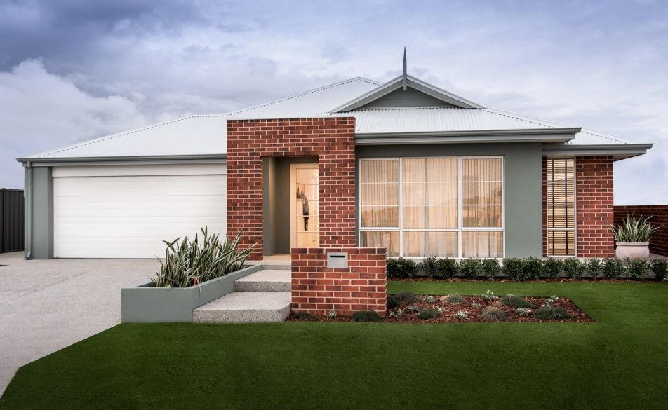Traditional Elevation With Facebrick Feature Wall, Stylish