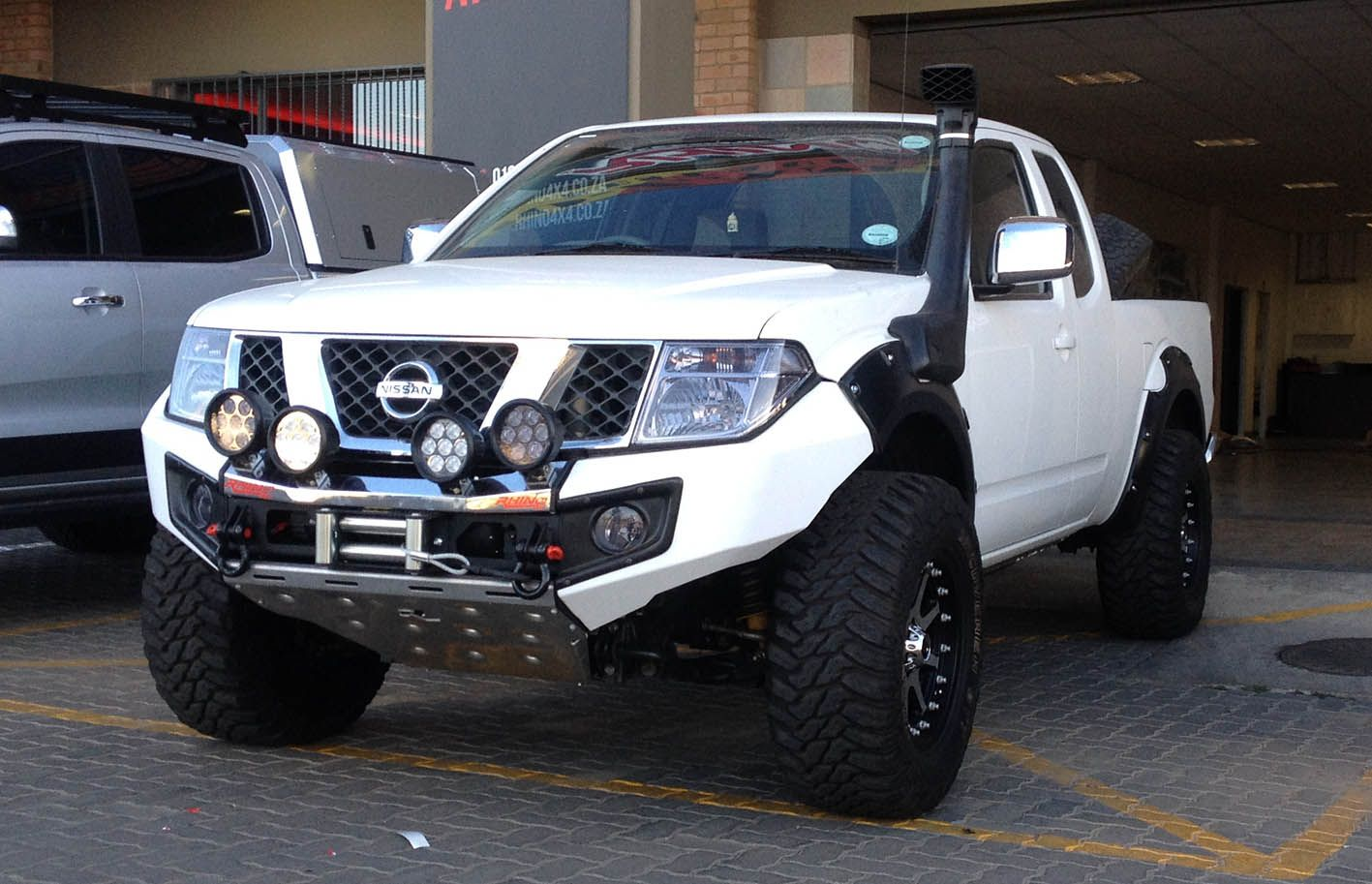 Rhino 4×4 | Nissan Navara Front Evolution Bumper | Nissan ...