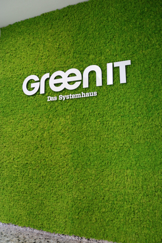 Mooswand Mit Firmenlogo Für Green It Dortmund Von Moos Art