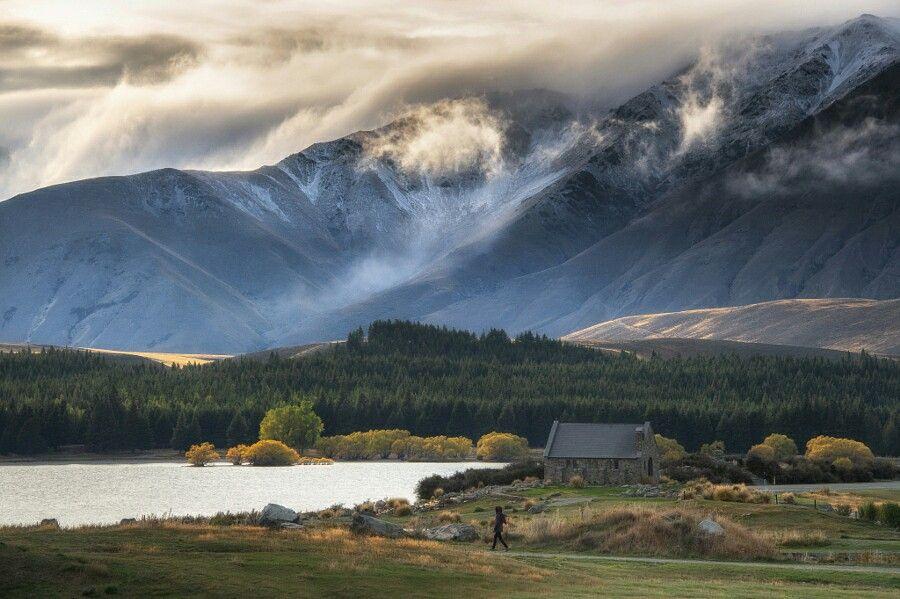 Sunrise at Lake Tekapo, New Zealand